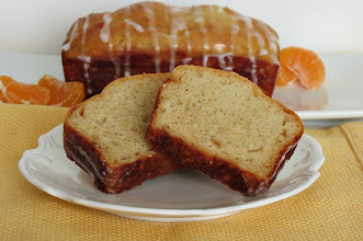 Photo: Vanilla Bean Orange Loaf Bread with Orange Glaze - An orange flavored quick bread made with freshly squeezed orange juice, vanilla bean paste and topped with a sweet orange glaze.  http://www.peanutbutterandpeppers.com/2013/01/05/vanilla-bean-orange-loaf-bread-and-weekly-recap/  #quickbread   #oranges   #orangebread   #yogurt   #lowcalorierecipes   #bread