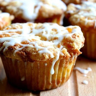 Fresh Peach Muffins with White Chocolate Chops