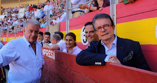 Óscar Martínez y Antonio Catalán, con Susana Valenchala y Jorge González. y