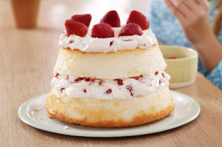 Strawberries and Cream Angel Food Cake Recipe