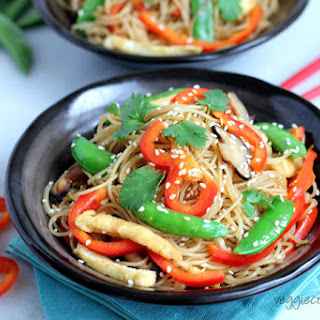 Easy Stir Fried Vermicelli Noodles.