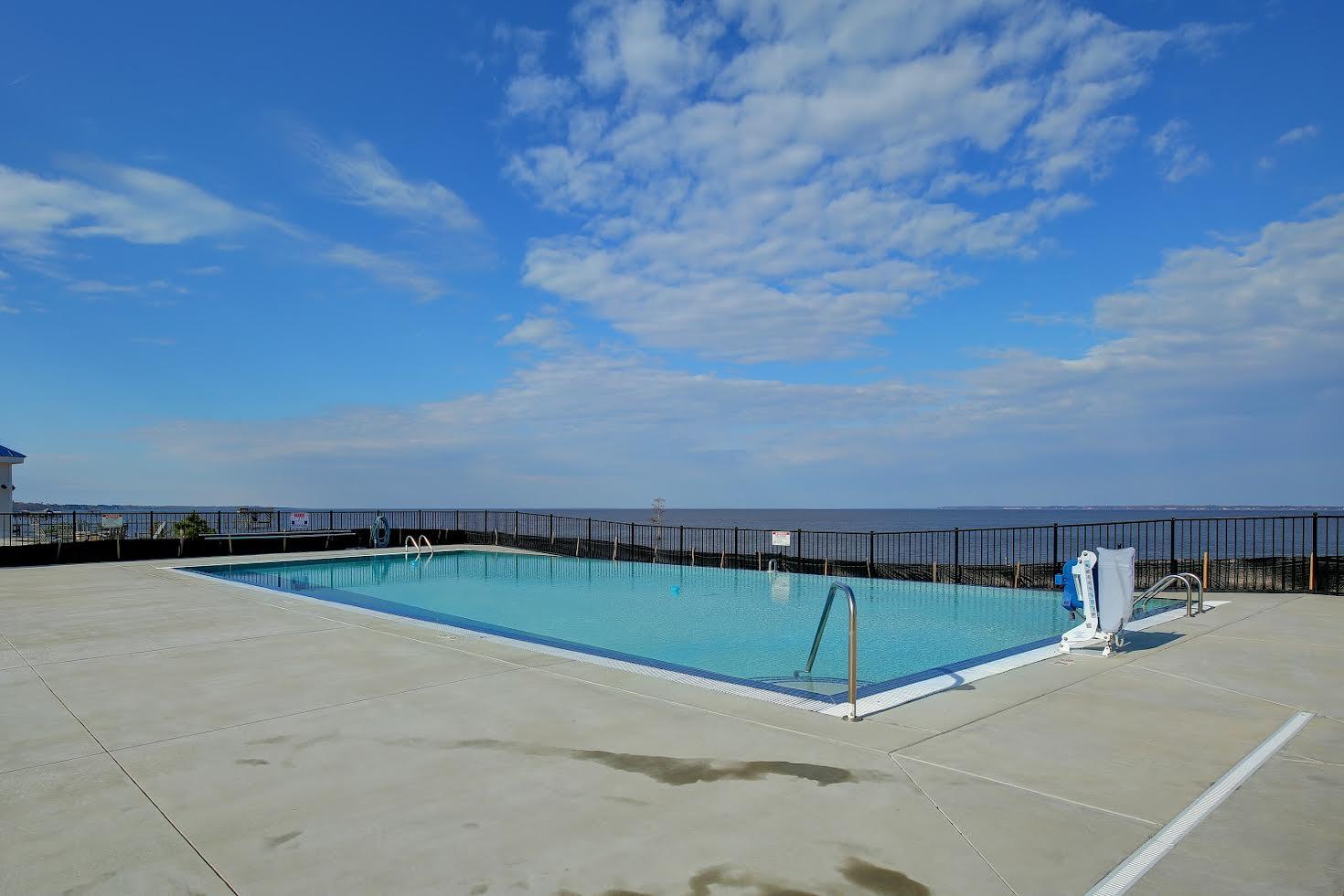 Waterside Resort Picture Number 10