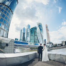 Wedding photographer Katya Antonova (katyaant). Photo of 15.08.2017
