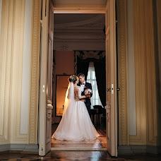 Wedding photographer Roman Kostyuchenko (ramonik). Photo of 15.10.2018
