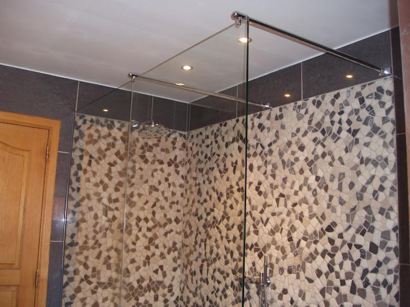 douchewanden en douchedeuren