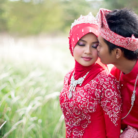 Love you by Zul Murky - Wedding Bride & Groom ( johor, wedding, outdoor session, bride, groom )