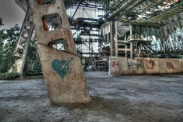 La fabbrica che non c'è più di bepi1969
