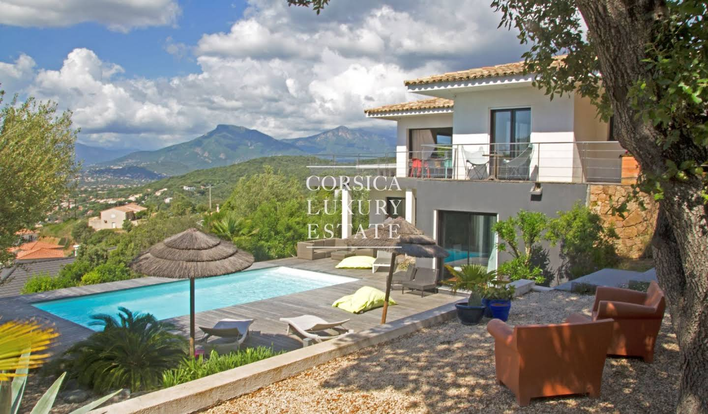 Maison avec piscine et jardin Porticcio