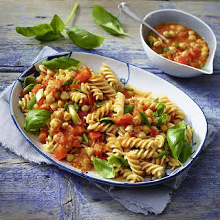 Chickpea and Pepper Pasta.
