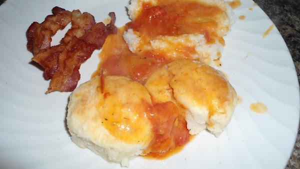 Tomato Gravy And Bisquits Recipe