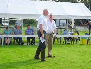 Photo: maar in het bijzonder de keurmeesters J. Krikken en T. v.d. Meer.