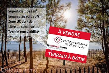 Terrain 621 m2