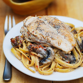 Chicken Mushroom Pasta With Sun-dried Tomatoes In A Creamy Garlic And Basil Sauce