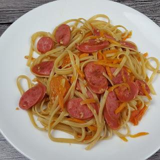 Taiwan Sausage Spaghetti ( 台湾烤肠意大利面)