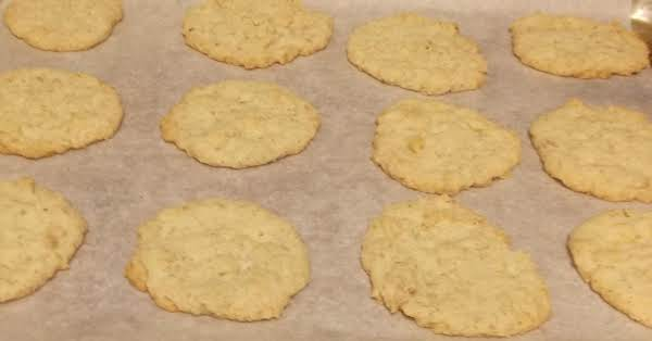 Lemon Oatmeal Cookie Crisp Recipe