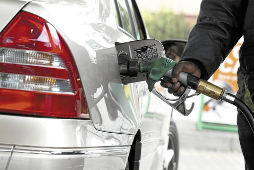 Rand slide points to more pain at petrol pumps