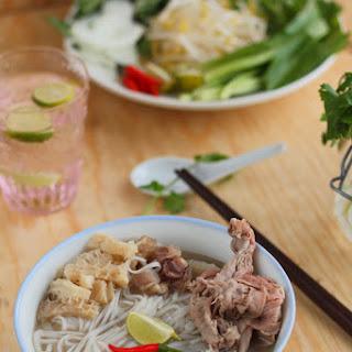 Vietnamese Beef Rice Noodle Soup