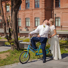 Wedding photographer Elena Pchelinceva (elenapchel). Photo of 19.04.2016