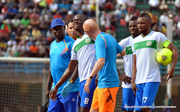 Photo: Rodney Stresser leaves the pitch with a dislocated shoulder [Leone Stars v Swaziland 31 May 2014 (Pic: Darren McKinstry)]