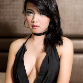 #Fie17 by Nino Collino - People Portraits of Women ( model, sexy, woman, asia, beauty, people, portrait )
