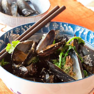Grilled Mussels with Coconut Curry Broth