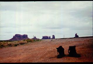 Photo: Monuemt Valley ,USA , 1993
