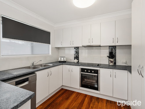 Photo of property at 6 Turnmill Street, Macgregor 4109