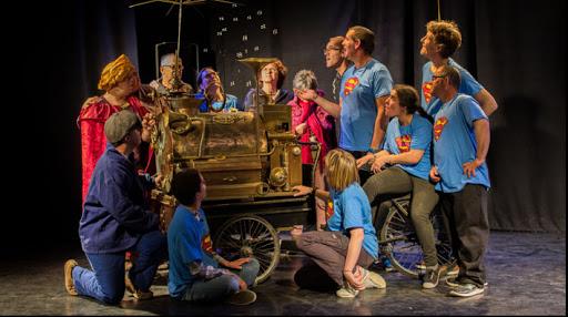 Ne nous demandez pas la lune - Une création de l'atelier théâtre de L'Arche en Charente !