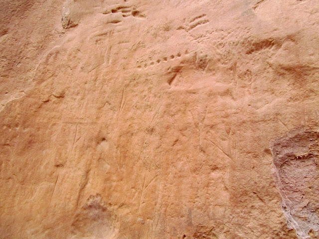 Turkey track petroglyphs in an unnamed canyon near the Colorado River
