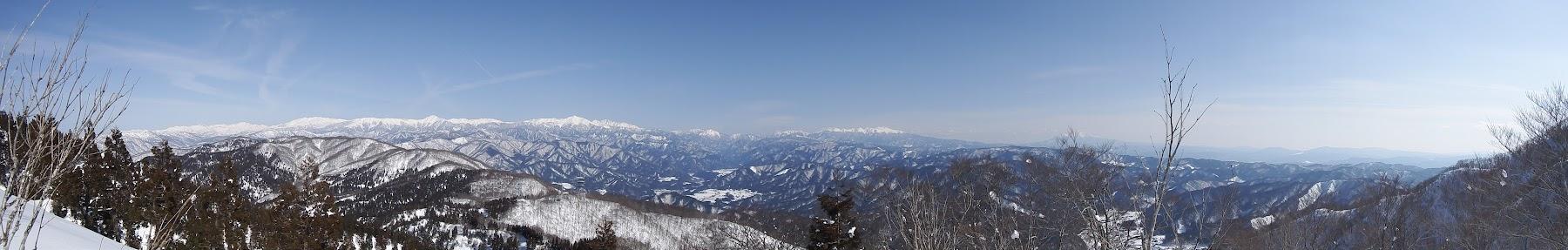 流葉山手前から北アルプス方面のパノラマ