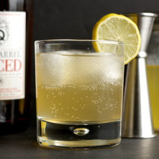 Ginger Rum Fizz Cocktail.