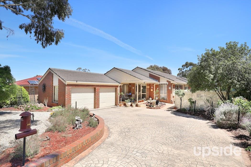 Main photo of property at 10 Spyglass Court, Sunbury 3429