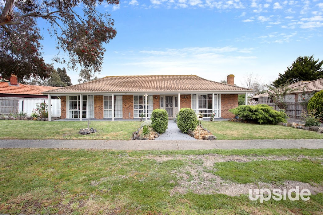 Main photo of property at 12 Fig Court, Cranbourne North 3977