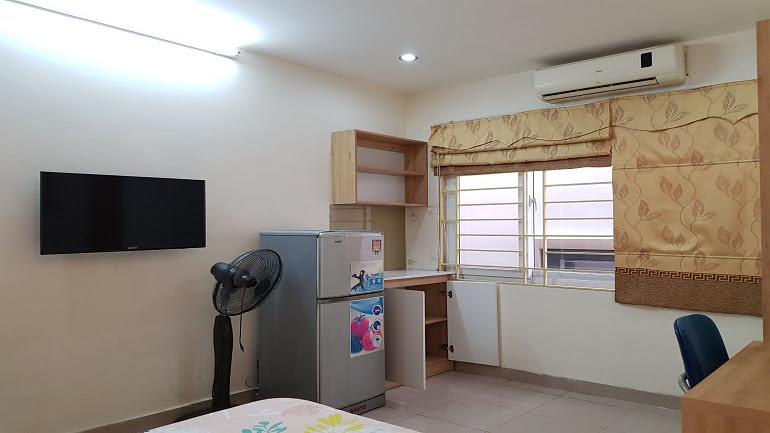 Cheap studio apartment in Lang Ha street, Dong Da district for rent