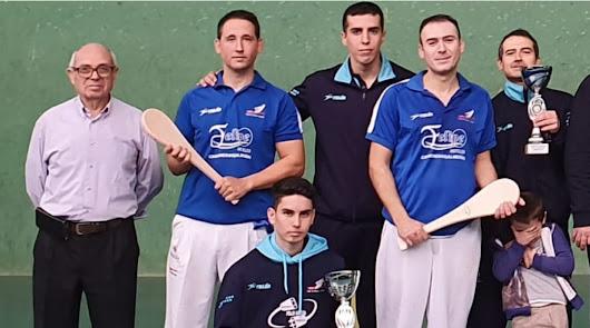 El Club Pelota Almería de frontón sigue brillando