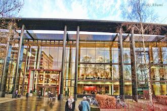 Photo: Library at University of Oslo, Norway オスロ大学の図書館で本日はちょっと勉強しました。