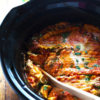 Super Easy Skinny Veggie Crockpot Lasagna.
