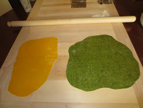 Photo: Pasta dough, traditional and spinach