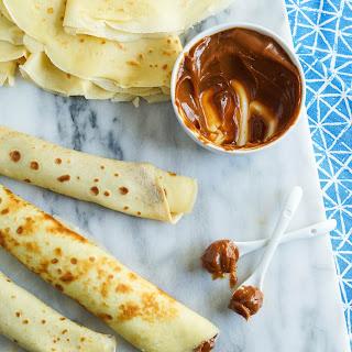 Panqueques con Dulce de Leche (Argentinian Dulce de Leche Crepes)
