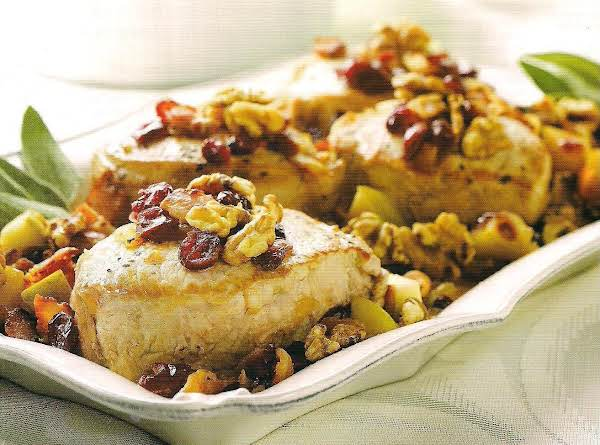 Pork Chops With Apples And Bacon