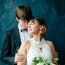Wedding photographer Darya Obukhova (Daryaesc). Photo of 27.02.2017