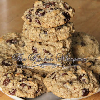Guiltless Chewy Oat Chocolate Chip Cookies