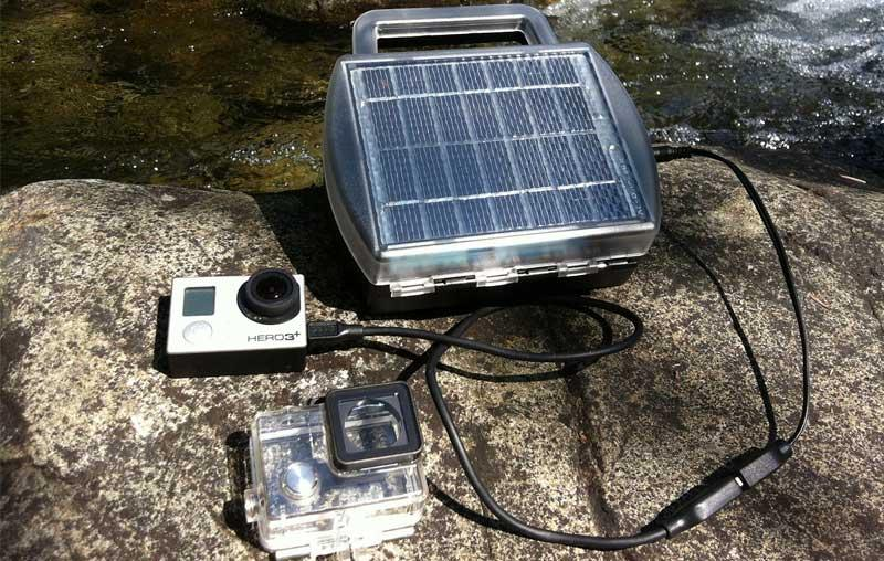 Solar-Powered-AA-Battery-Charger-Review.jpg