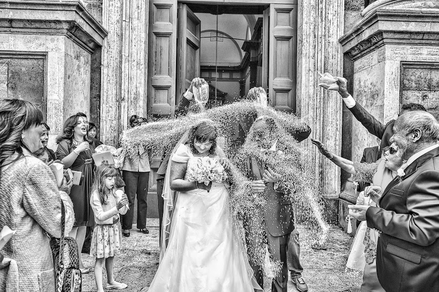Wedding photographer Paolo Giovannini (annabellafoto). Photo of 18.04.2015