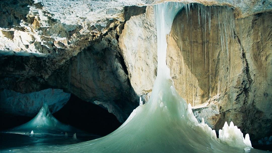 Dobšinská ľadová jaskyňa - Turistická Atrakcia v oblasti Dobšinská ľadová  jaskyňa
