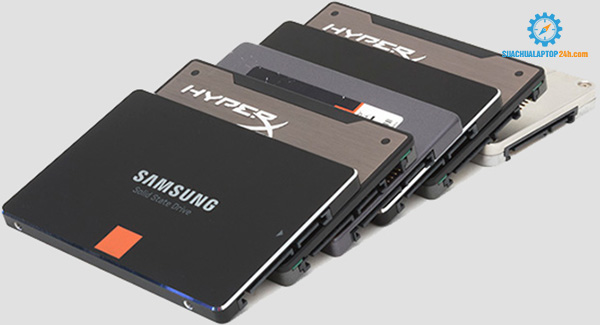 sử dụng ổ cứng laptop SSD