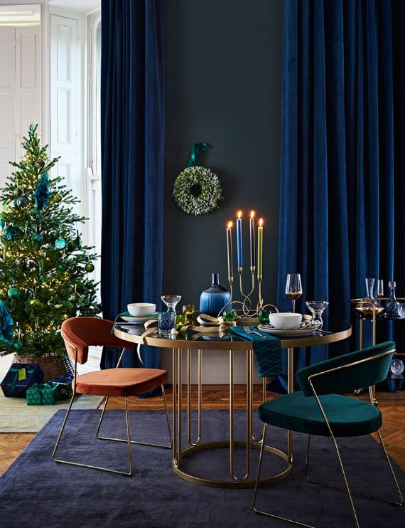 Create themes per room How to have a last-minute elegant Christmas decor at home?