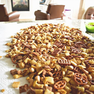 Yummy Chex Mix Snack