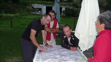 Photo: Christophe  étudie le parcours