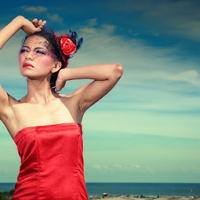 Dazzled by Yanuar Nurdiyanto - People Portraits of Women ( model, sky, red, girl, indonesia, nikon, women, photography, lady )